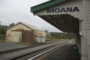 Moana, Bahnhof
