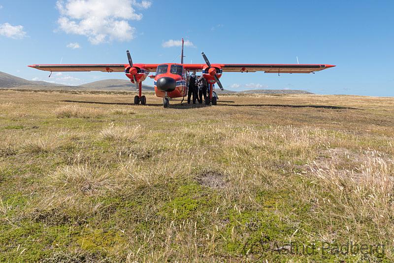 Islander, Port Stephens Airfield