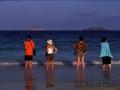 4 Menschen am Meer