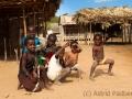 Kinder, Weg nach Daraina